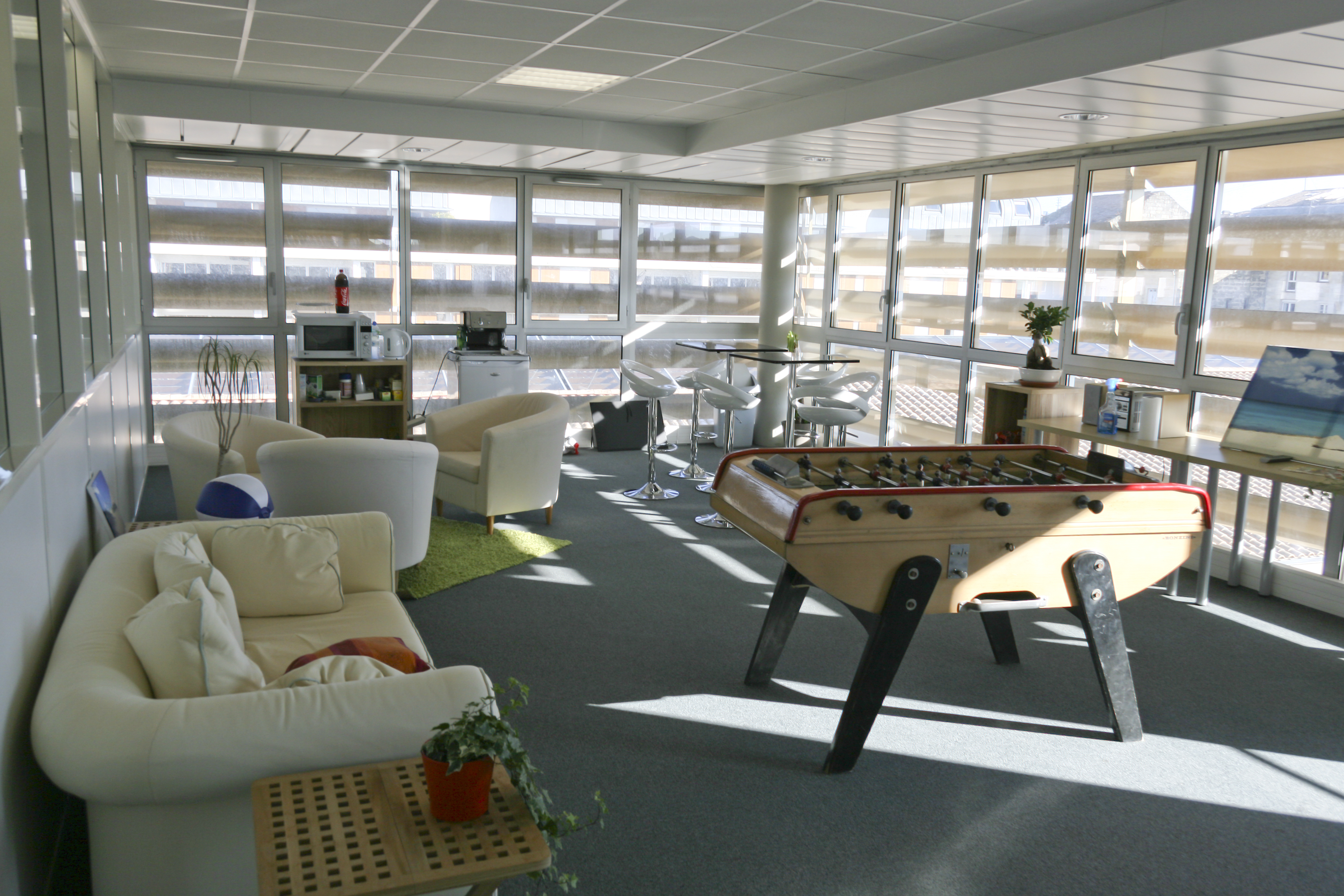 salle de sport bordeaux chartrons 28 images les 25 meilleures id 233 es concernant gazon. Black Bedroom Furniture Sets. Home Design Ideas
